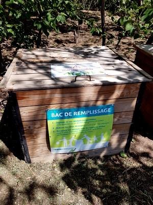 Le compost est-il un engrais ou un amendement? Découvrez tout sur les engrais et les avantages du compost maison: lisez l'article sur le blog.