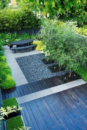 Le jardin moderne contemporain: un style idéal pour les petites surfaces. Pour en savoir plus, lisez l'article sur le blog!
