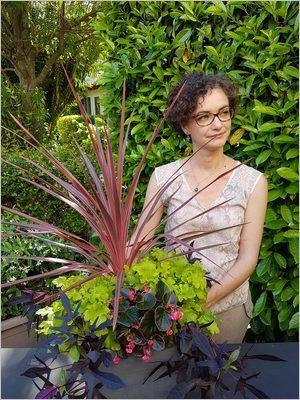 Idée DIY composer une jardinière d'été graphique et colorée
